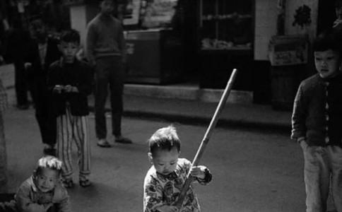 记一次与光影大师何藩的对谈:岁月冲不淡的摄影热情