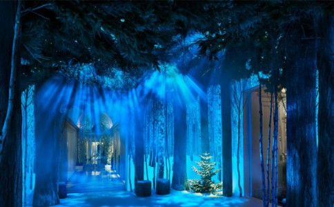 sir jony ive与marc newson合作打造2016年圣诞树