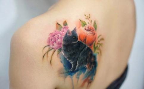 你一定从未见过这样的刺青,水彩画一样美腻醉人~