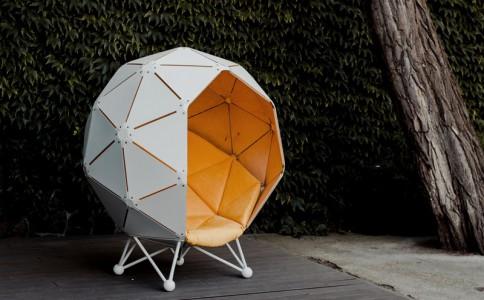 一个可以很好屏蔽外界干扰的星球沙发 The Planet by MZPA