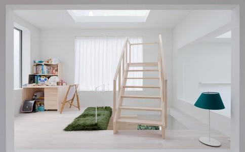 东京大树空间模式的住宅House H by 藤本壮介