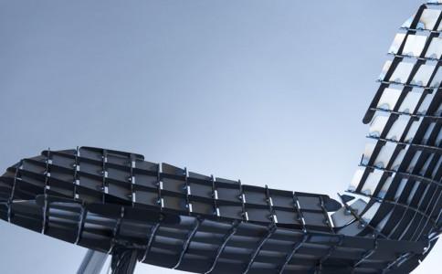 独特短钢丝作品 用磁力创造形态
